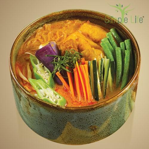 Nyonya Laksa with Brown Rice Bee Hoon / Sweet Potato + Pumpkin Noodles / 娘惹拉沙糙米米粉 / 紫薯 + 南瓜面条