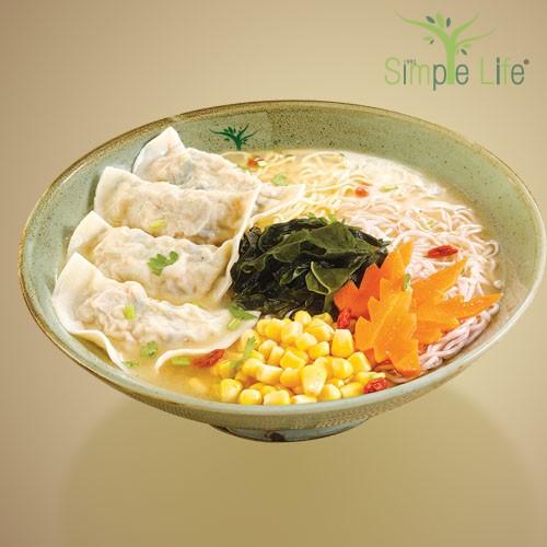 Veggie Dumpling with Sweet Potato + Pumpkin Noodles / 素水饺汤紫薯 + 南瓜面条