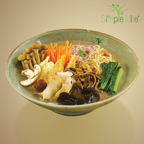 Organic Black Bean Soup with Brown Rice Bee Hoon / Sweet Potato + Pumpkin Noodles / 有机黑豆糙米米粉汤 / 紫薯 + 南瓜面条