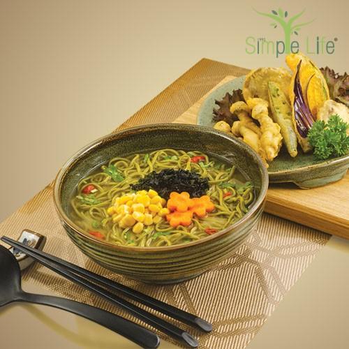 Vegetables Tempura with Fresh Green Tea Ramen Miso Soup / 蔬菜天妇罗绿茶生面味噌汤