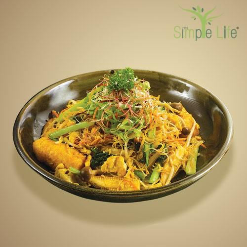 Tom Yam Fried Brown Rice Bee Hoon / 冬炎炒糙米米粉