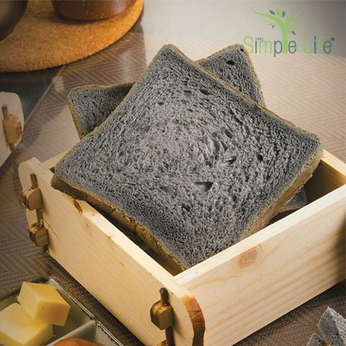 Steamed Homemade Charcoal Bread with Kaya & Butter / 蒸家乡竹炭面包