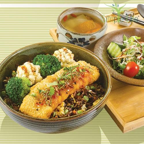 Thai-Style Organic Beancurd with Fried 10 Grains Rice / 泰式有机豆腐盖饭